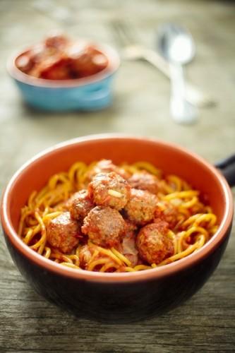 Spaghetti alla chitarra con polpette, la ricetta?