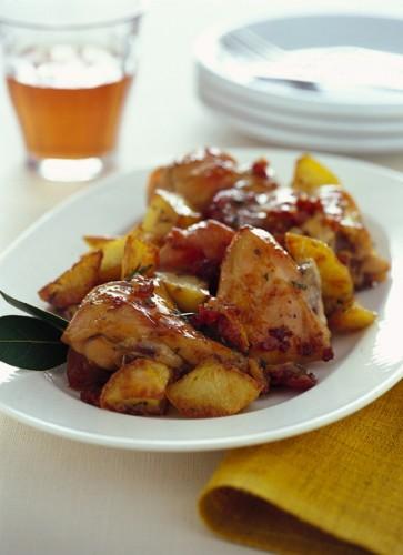 coniglio al forno con patate.jpg
